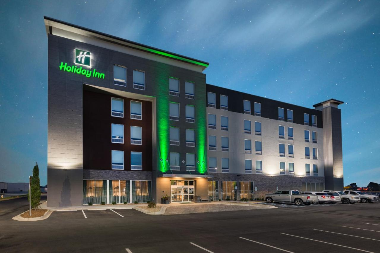 Отель  Отель  Holiday Inn - Woodruff Road, An IHG Hotel