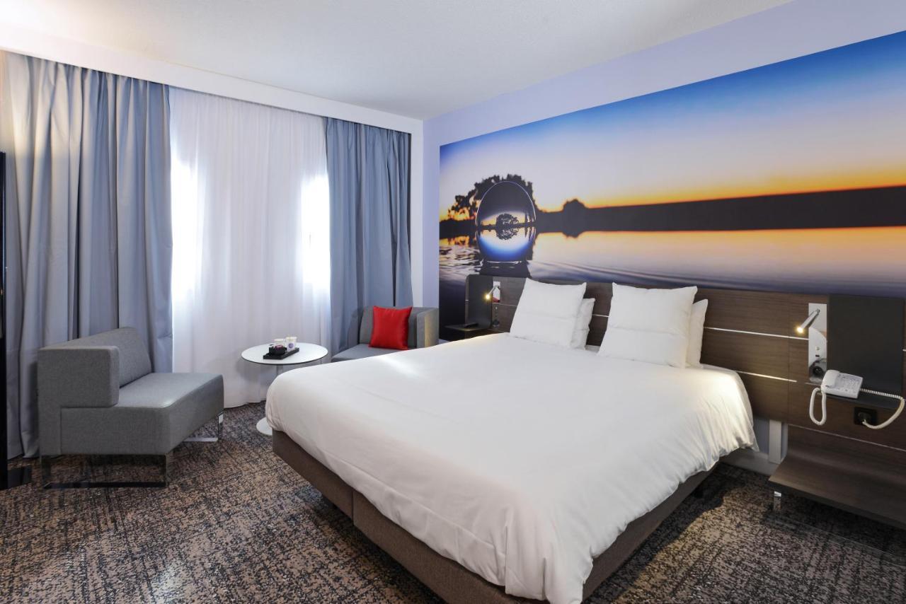 Отель  Novotel Toulouse Centre Compans Caffarelli  - отзывы Booking