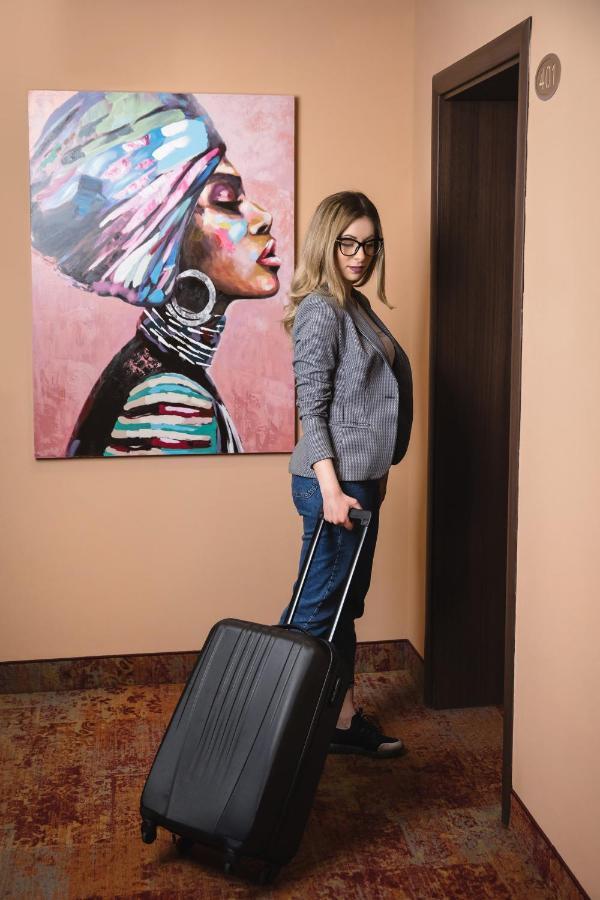 Отель  Бизнес Отель Пловдив  - отзывы Booking