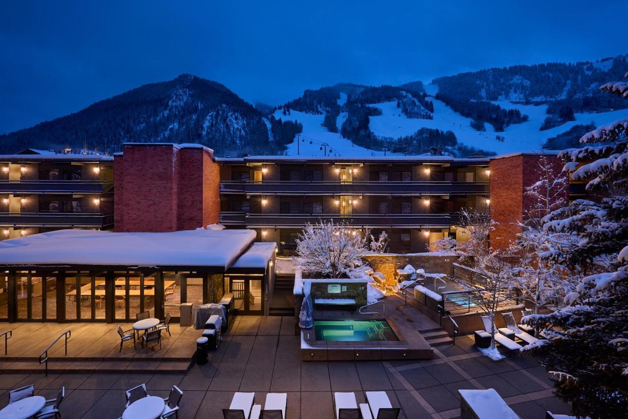 Отель  Отель  Aspen Square Condominium Hotel