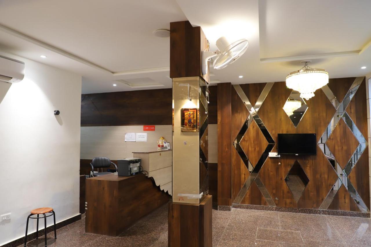 Отель  Hotel Dream Comfort  - отзывы Booking
