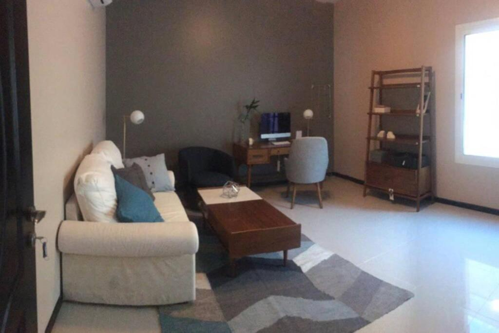 Апартаменты/квартира  One Room For Rent In Dammam / Near To The Airport