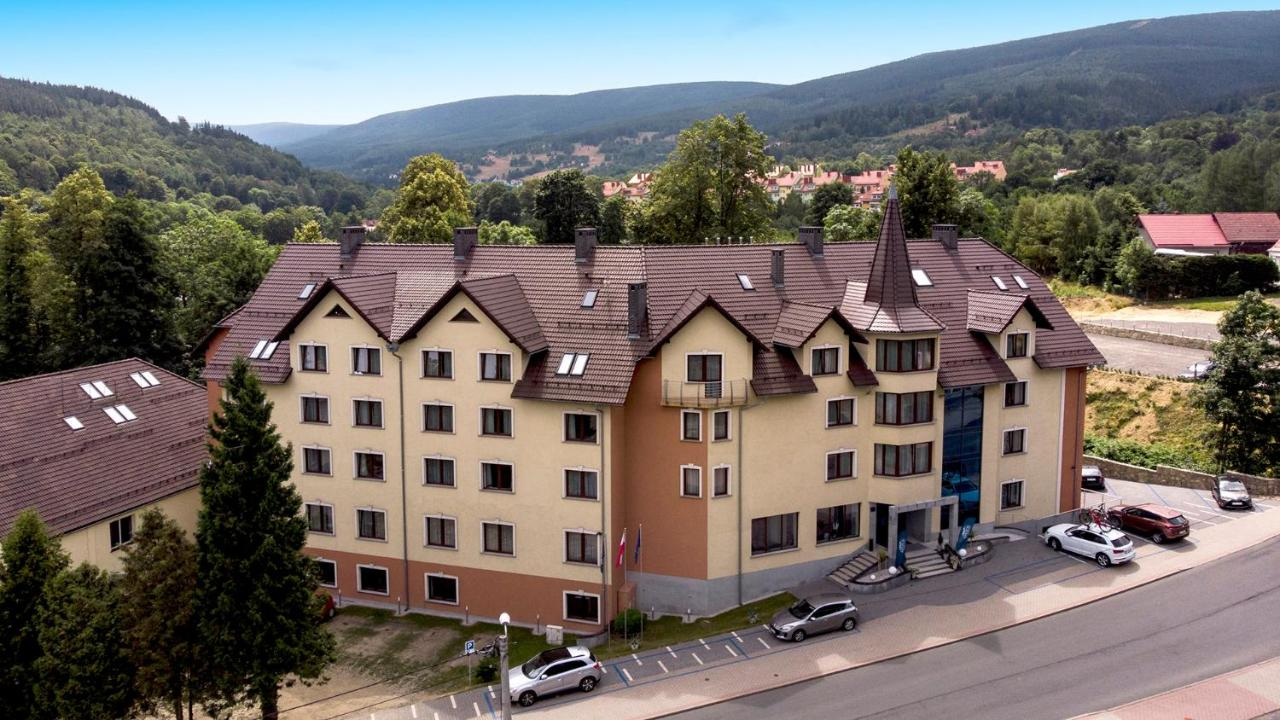 Отель  Krasicki Hotel Resort & Spa  - отзывы Booking