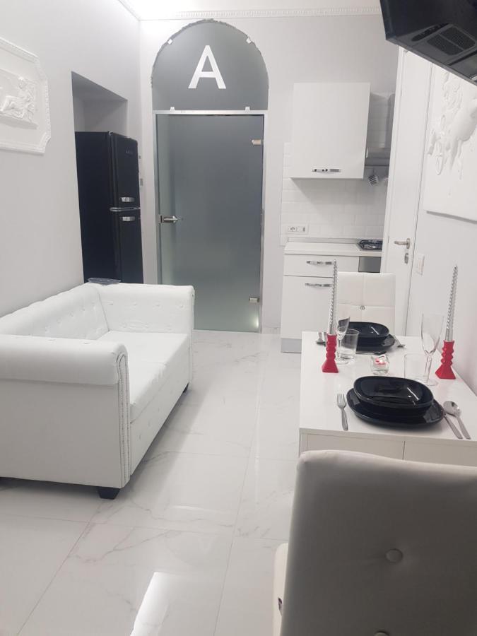 Дом для отпуска Black & White