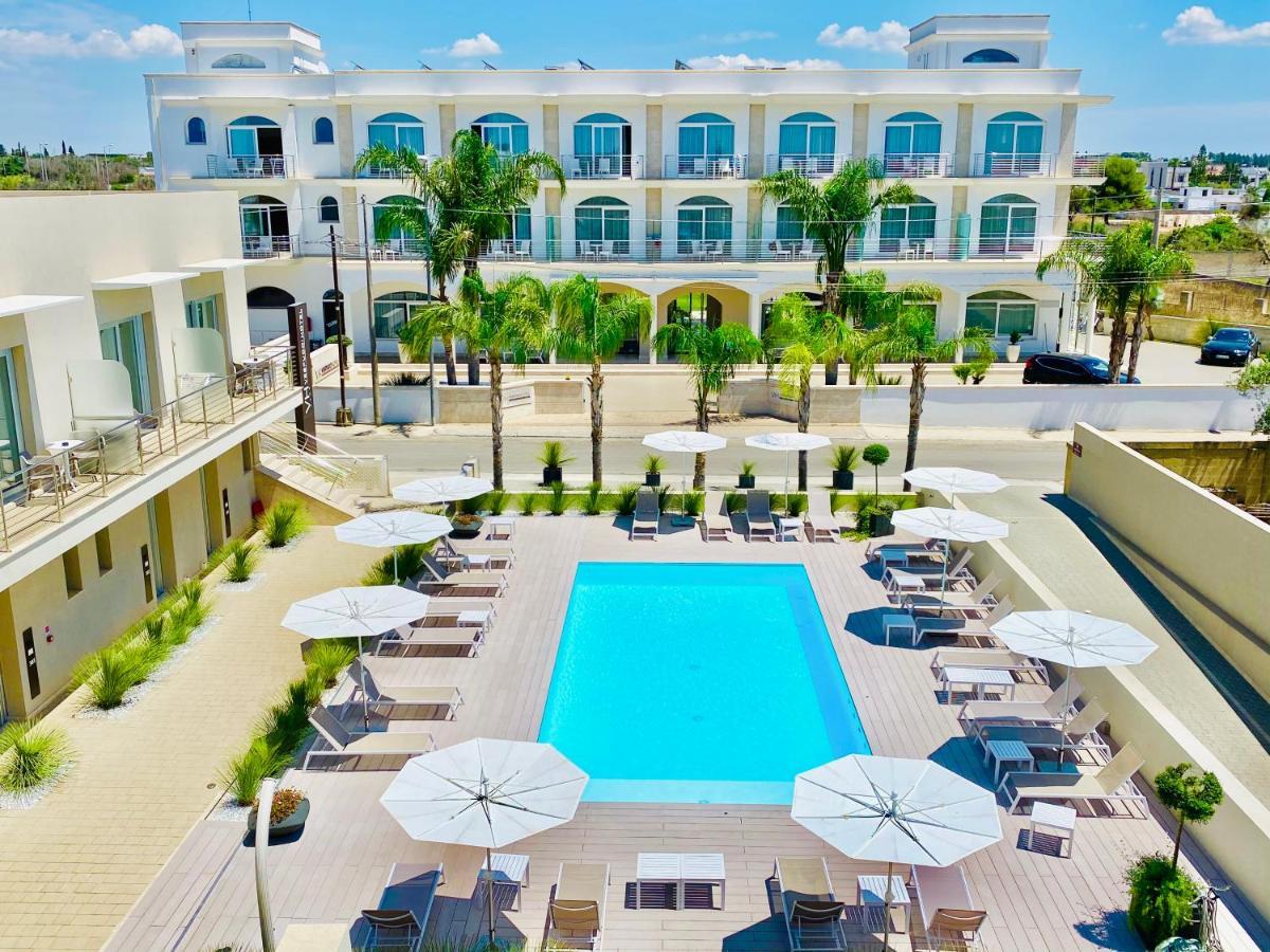Отель  Hotel Vespucci