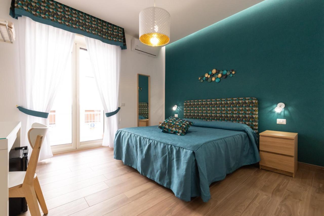 Отель типа «постель и завтрак» Napolilive B&B - отзывы Booking