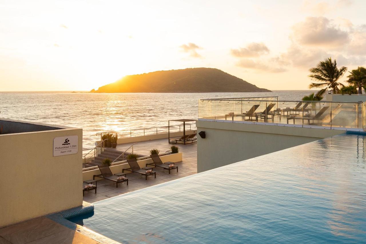 Курортный отель  DoubleTree by Hilton Mazatlan, SIN  - отзывы Booking