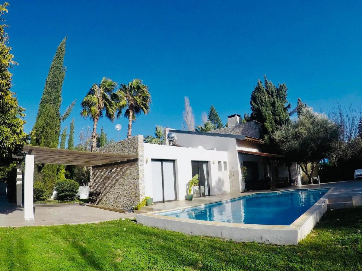 Вилла  The Stone Villa  - отзывы Booking