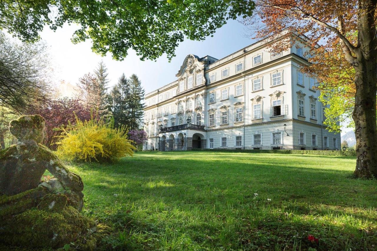 Отель  Hotel Schloss Leopoldskron  - отзывы Booking