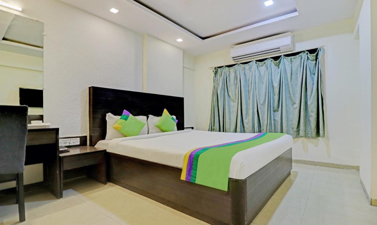Отель  Treebo Trend Ace Residency Andheri  - отзывы Booking