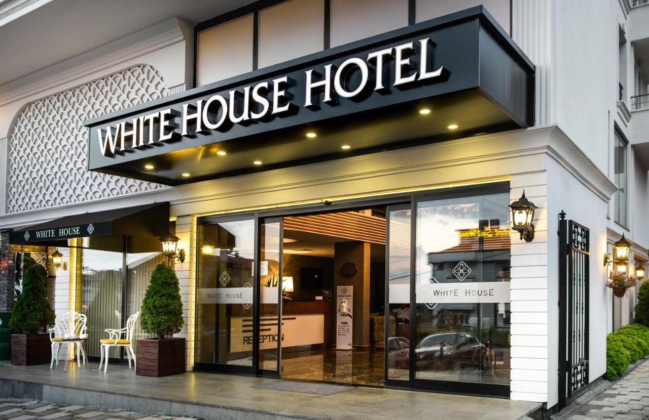 Фото Отель White House Hotel