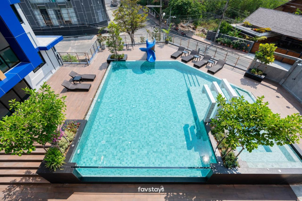 Отель  Lewit Pattaya Hotel and Residence  - отзывы Booking
