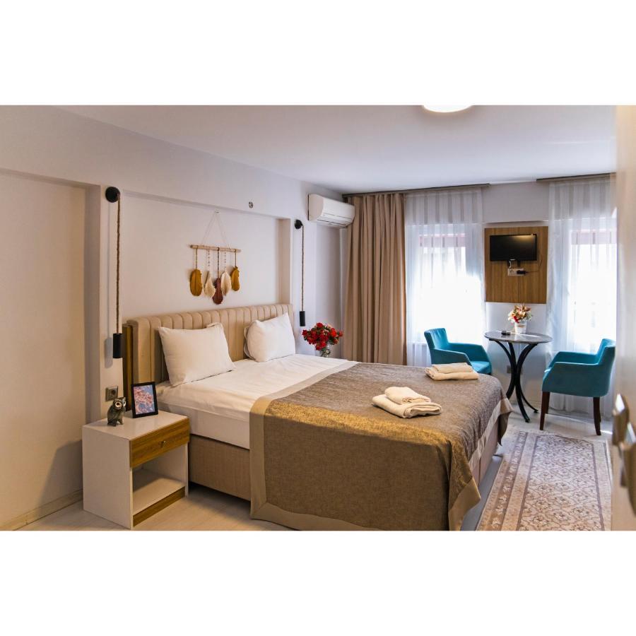 Отель  Galata Aristo Suites