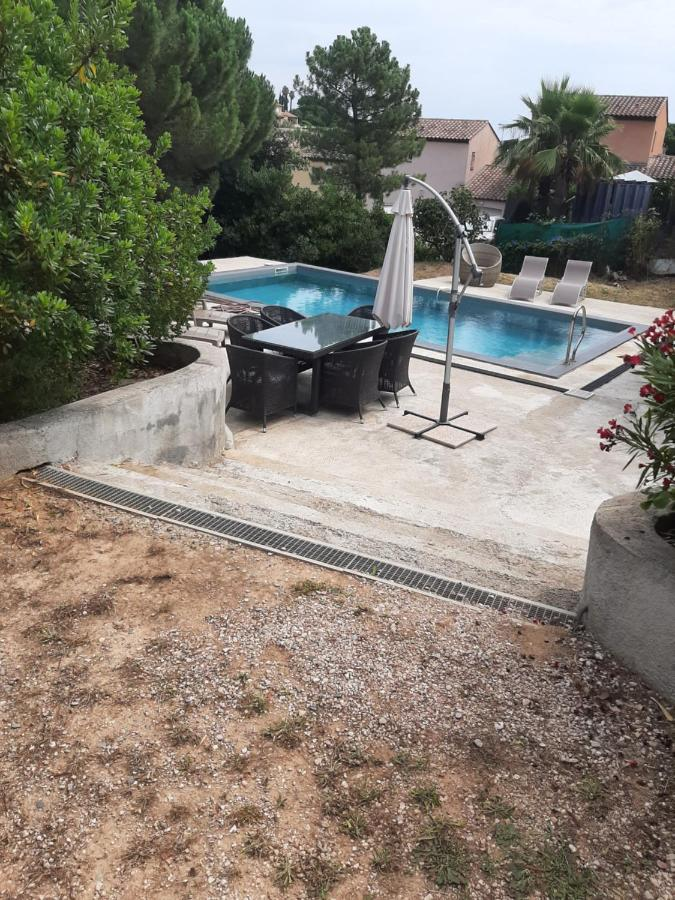 Дом для отпуска  Beautiful 3-Bed House in Sainte-Maxime  - отзывы Booking