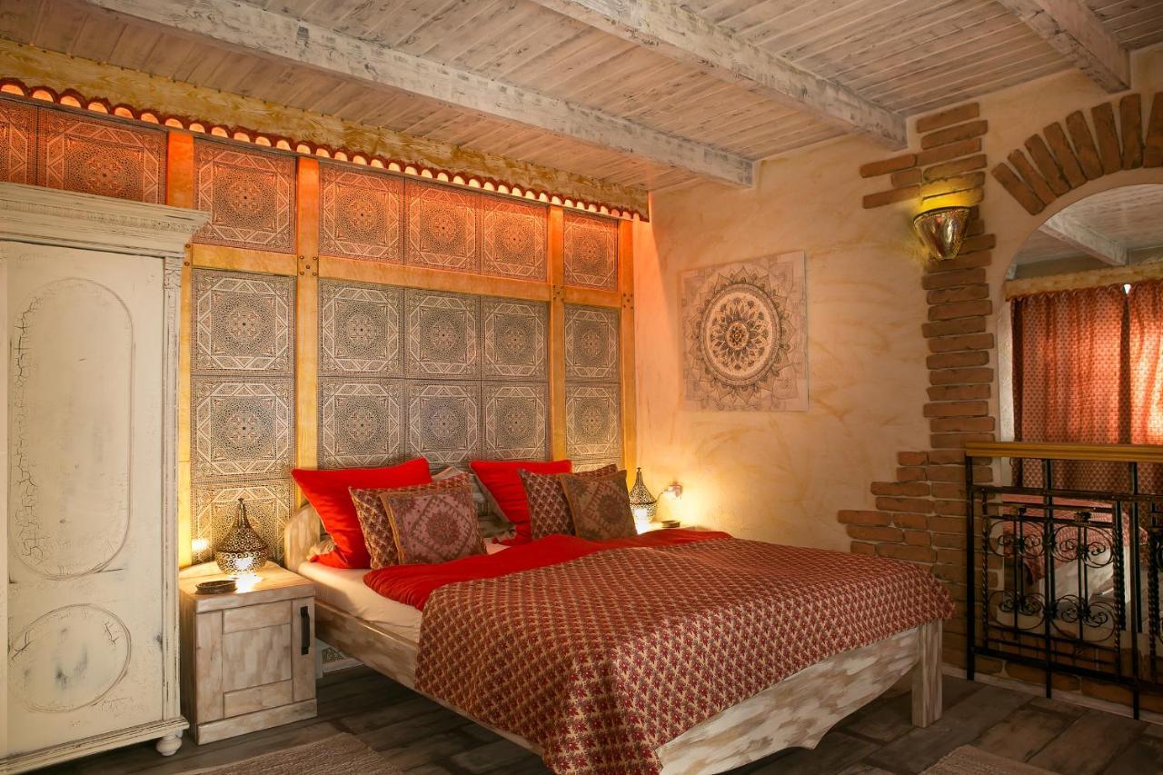 Отель типа «постель и завтрак»  Green Park Villa