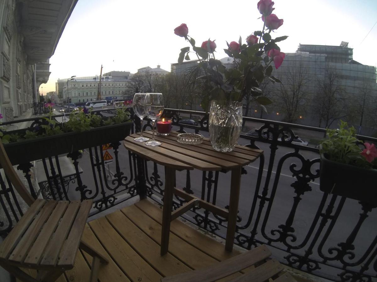 Апартаменты/квартира  Просторные апартаменты у Мариинского Театра  - отзывы Booking