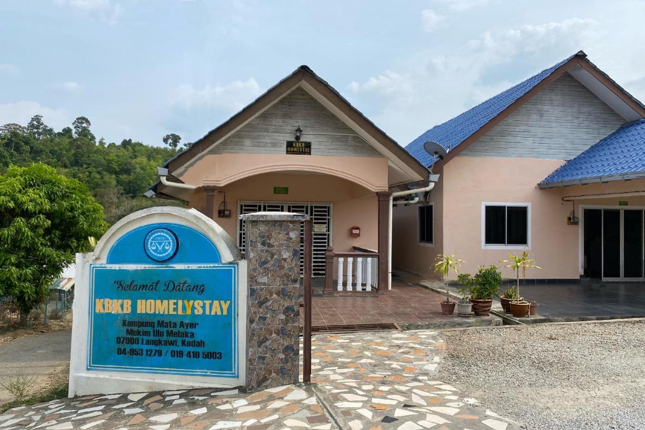 Отель  OYO 90218 Kbkb Homelystay  - отзывы Booking