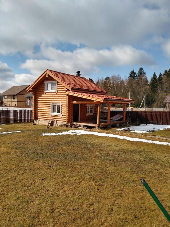 Дом для отпуска Гостевой дом-баня из кедра и лиственницы - отзывы Booking
