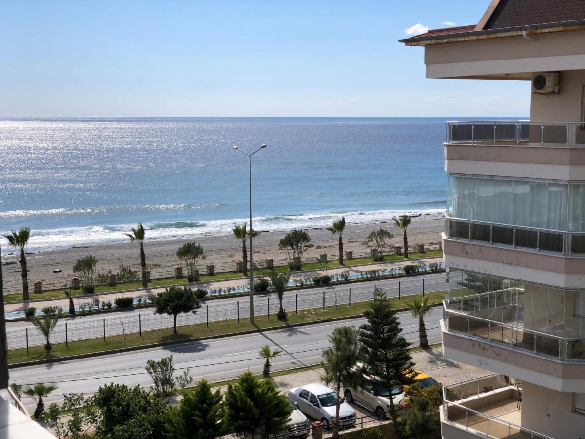 Апартаменты/квартира  Sea and mountain view 2+1 apartment 1st coastline  - отзывы Booking