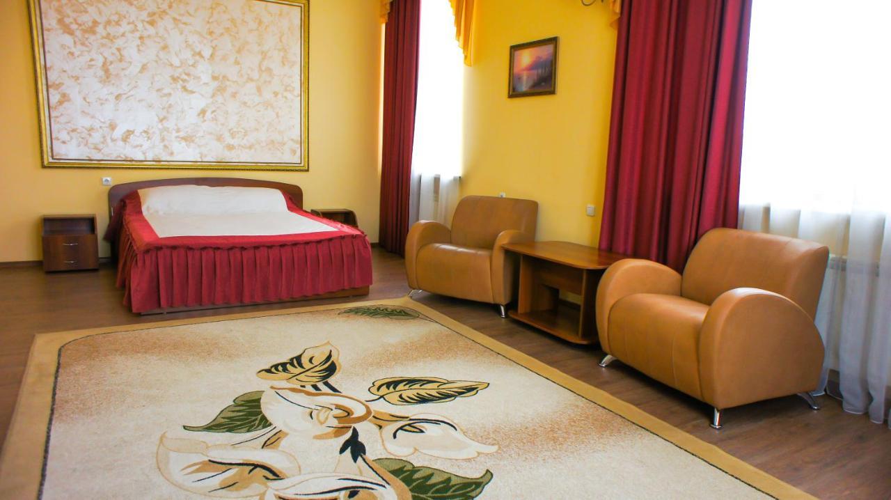 Отель  Smart Hotel КДО Омск  - отзывы Booking
