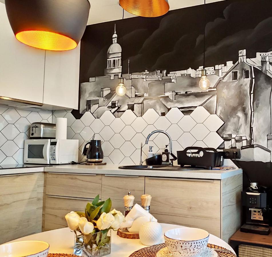 Апартаменты/квартира  Green Apartments Zanevsky 42 с подземным паркингом  - отзывы Booking