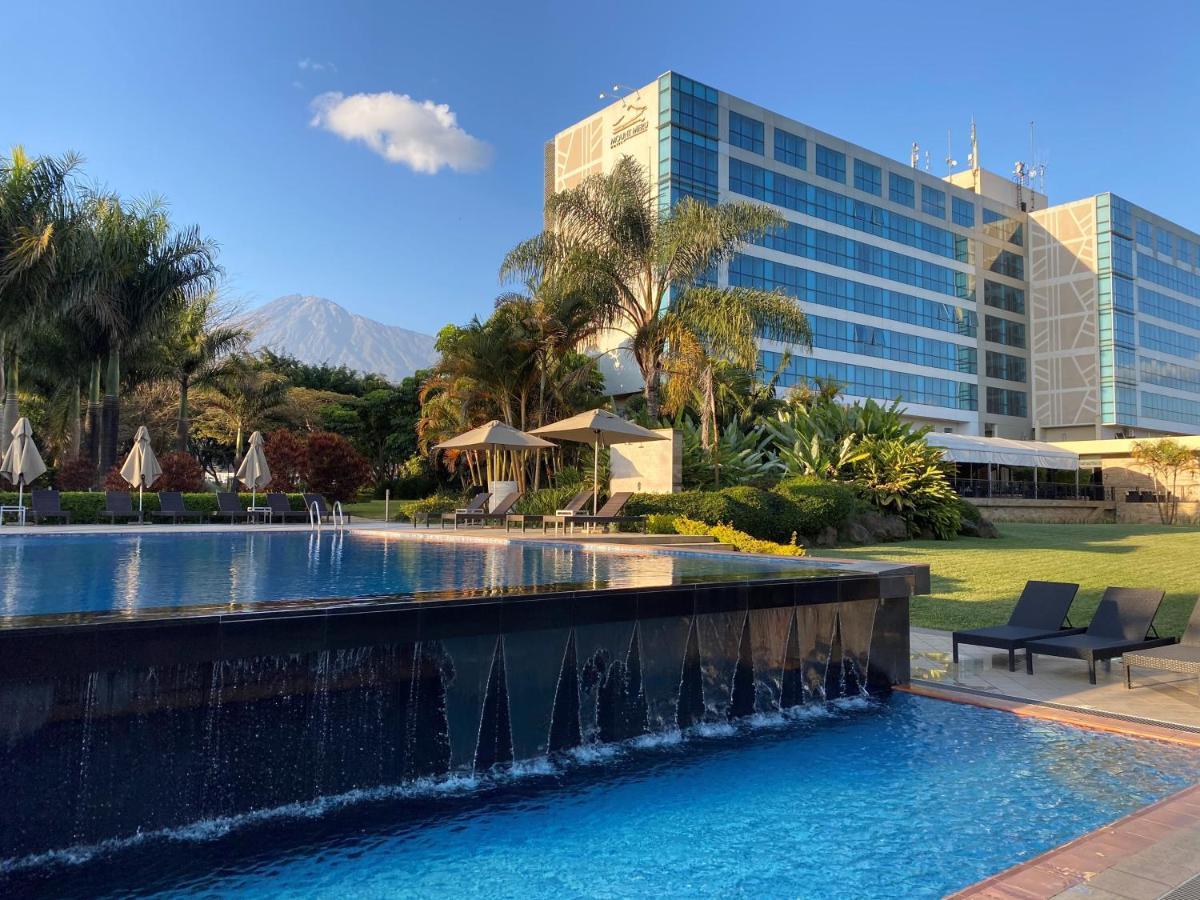 Отель  Mount Meru Hotel