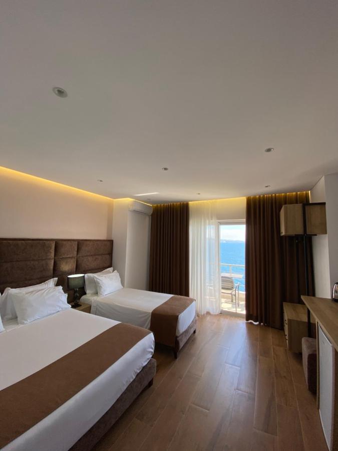 Отель  Hotel Erioni  - отзывы Booking