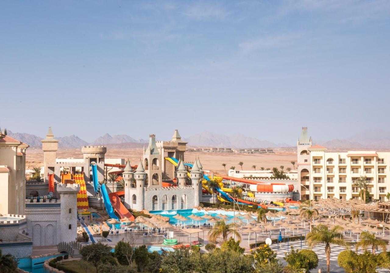 Курортный отель  Serenity Fun City  - отзывы Booking