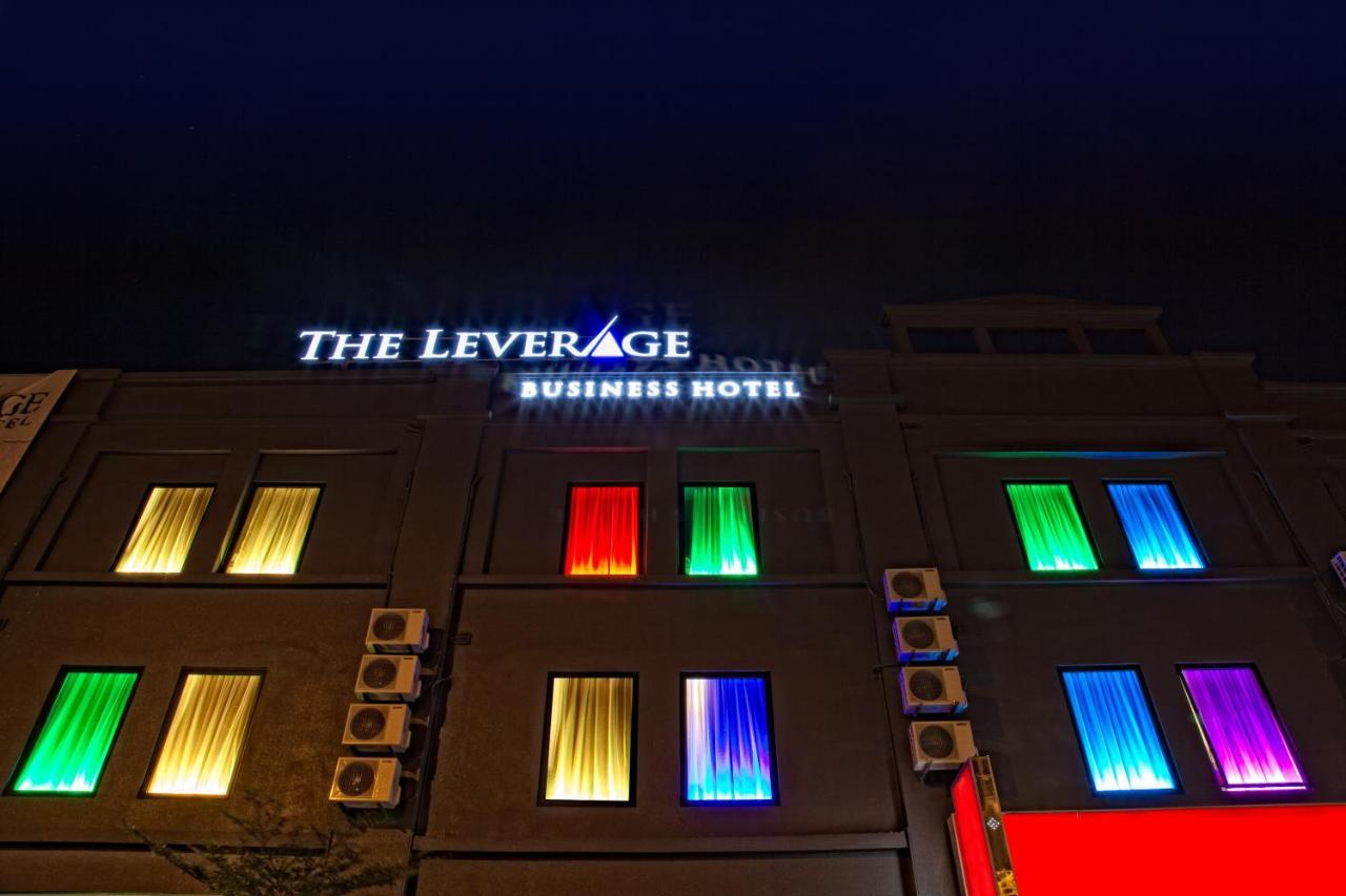 Отель  The Leverage Business Hotel - Rawang  - отзывы Booking
