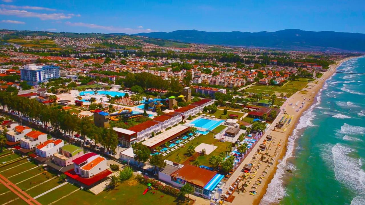 Отель  Risus Beach Resort Hotel  - отзывы Booking