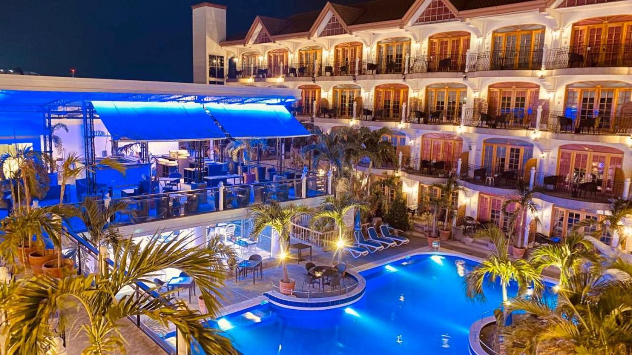 Отель  Clarkton Hotel  - отзывы Booking