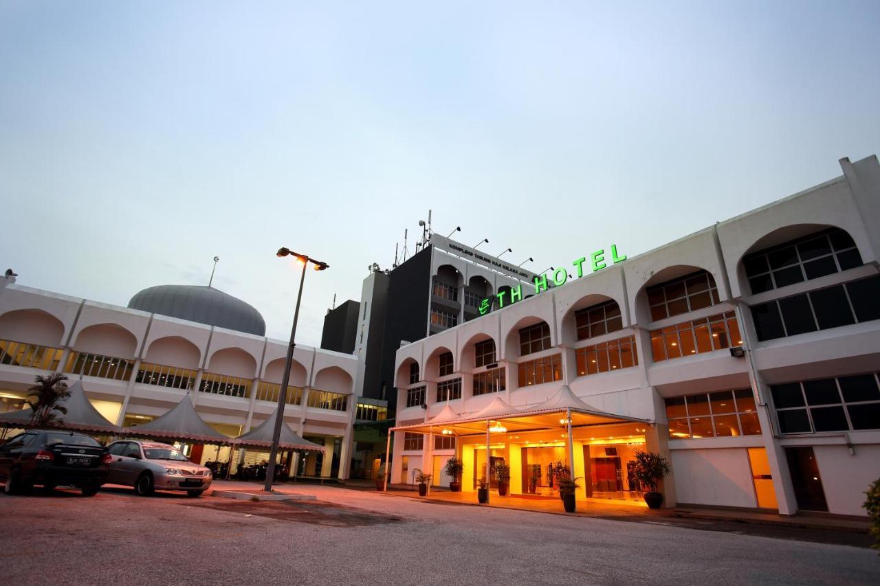 Отель  TH Hotel Kelana Jaya