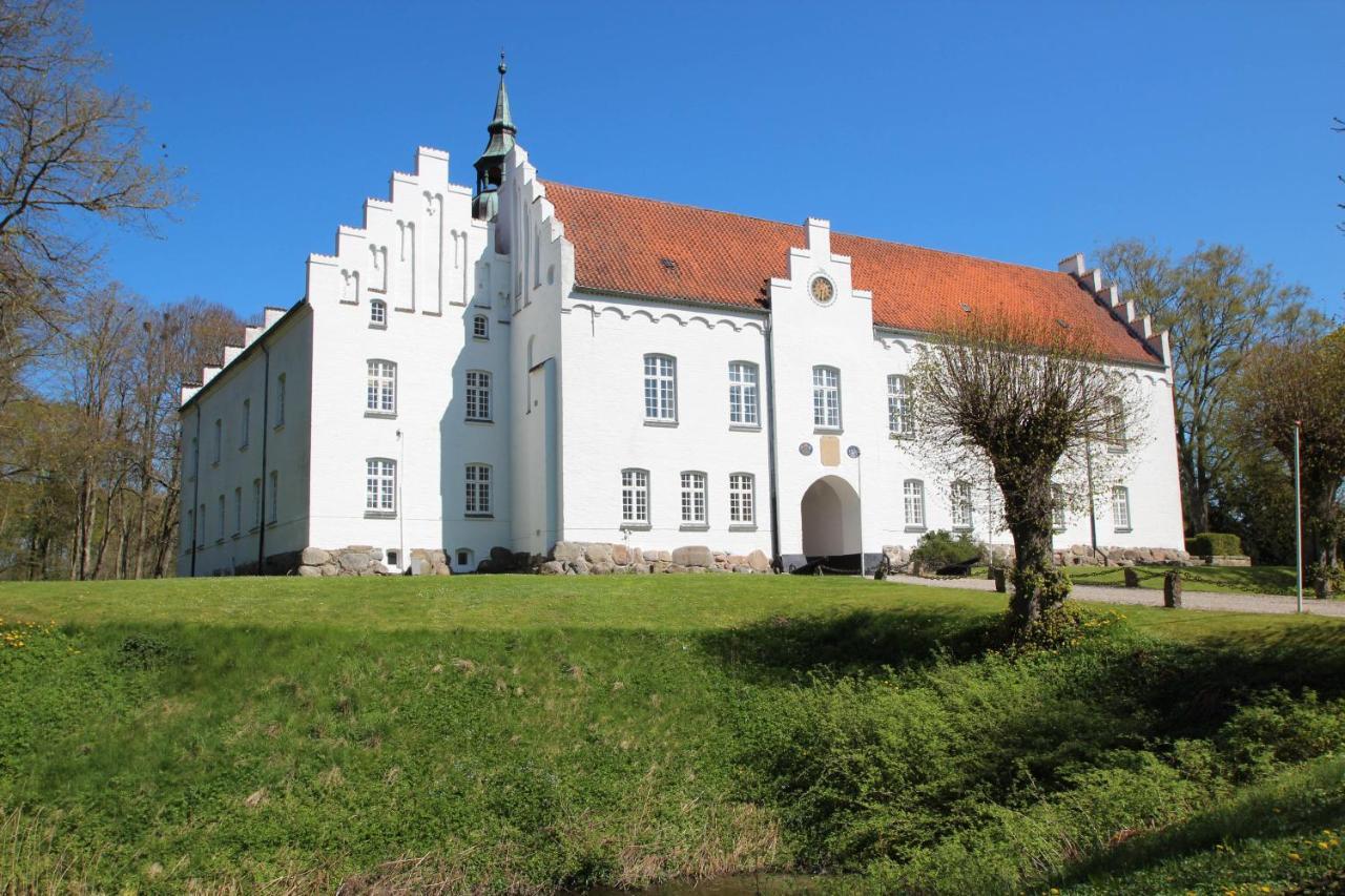 Отель Kokkedal Slotshotel