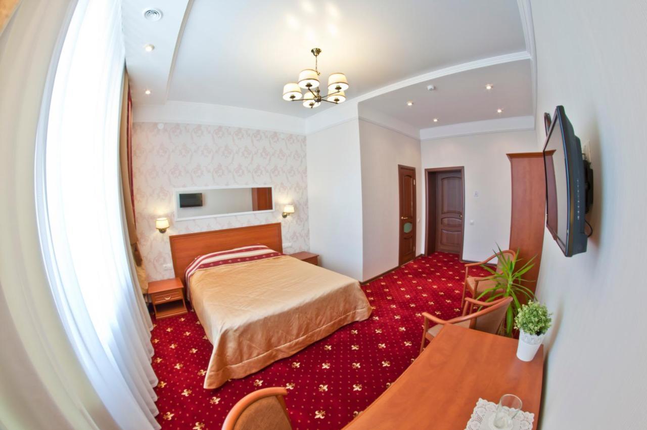 Фото Отель Милютинский