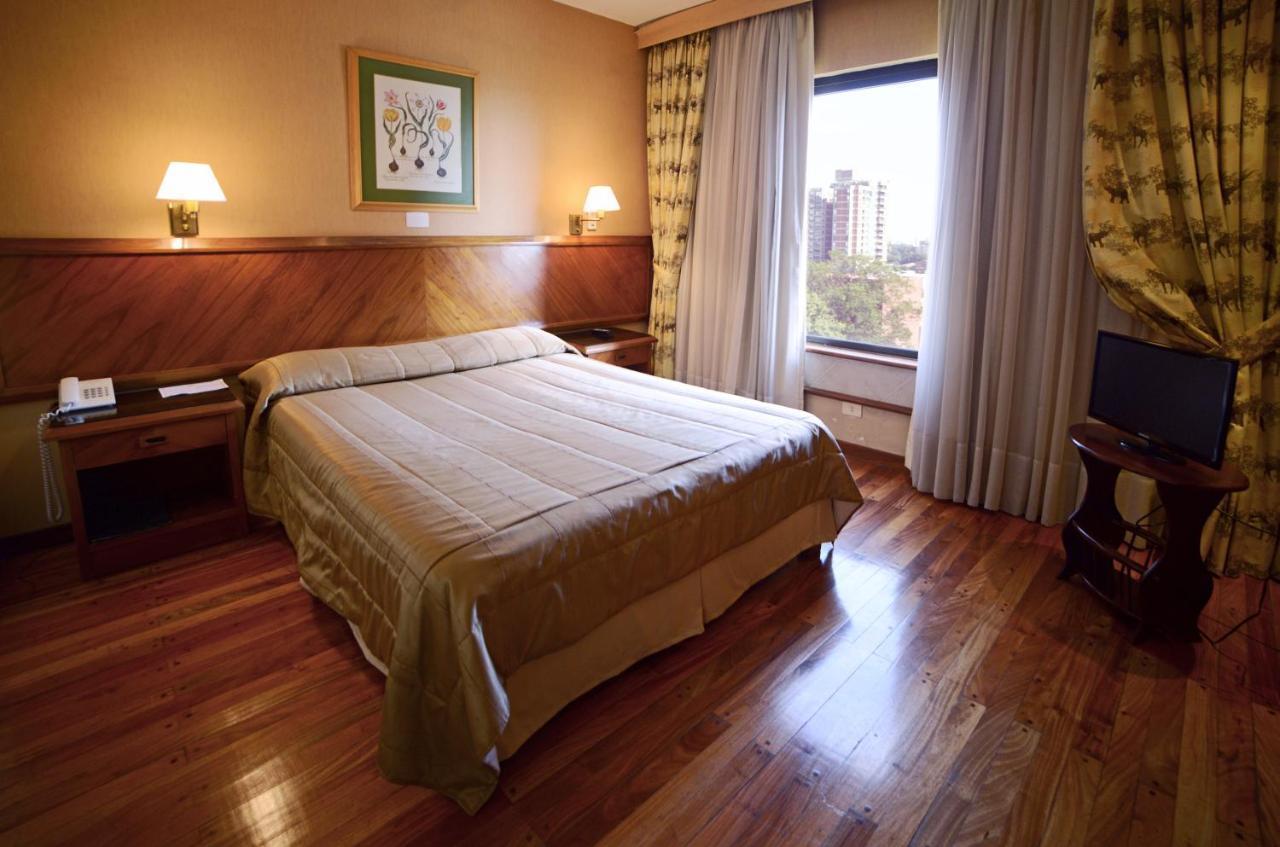 Отель  Premier Hill Suites Hotel  - отзывы Booking