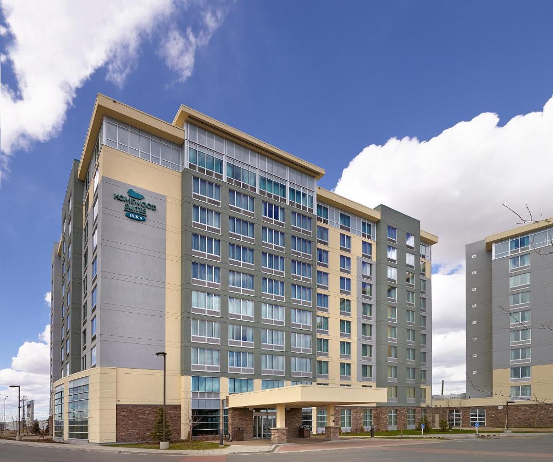 Отель  Homewood Suites Calgary Airport  - отзывы Booking
