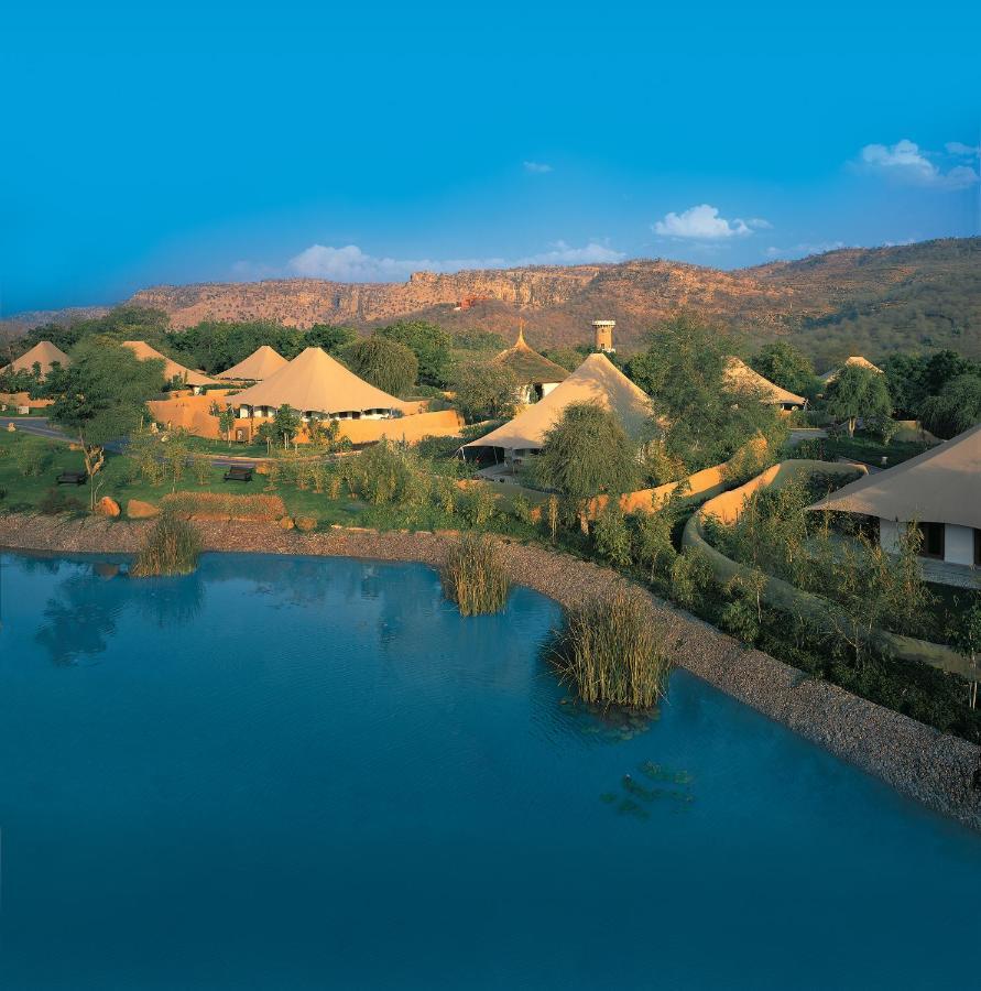 Курортный отель  The Oberoi Vanyavilas Wildlife Resort, Ranthambhore  - отзывы Booking