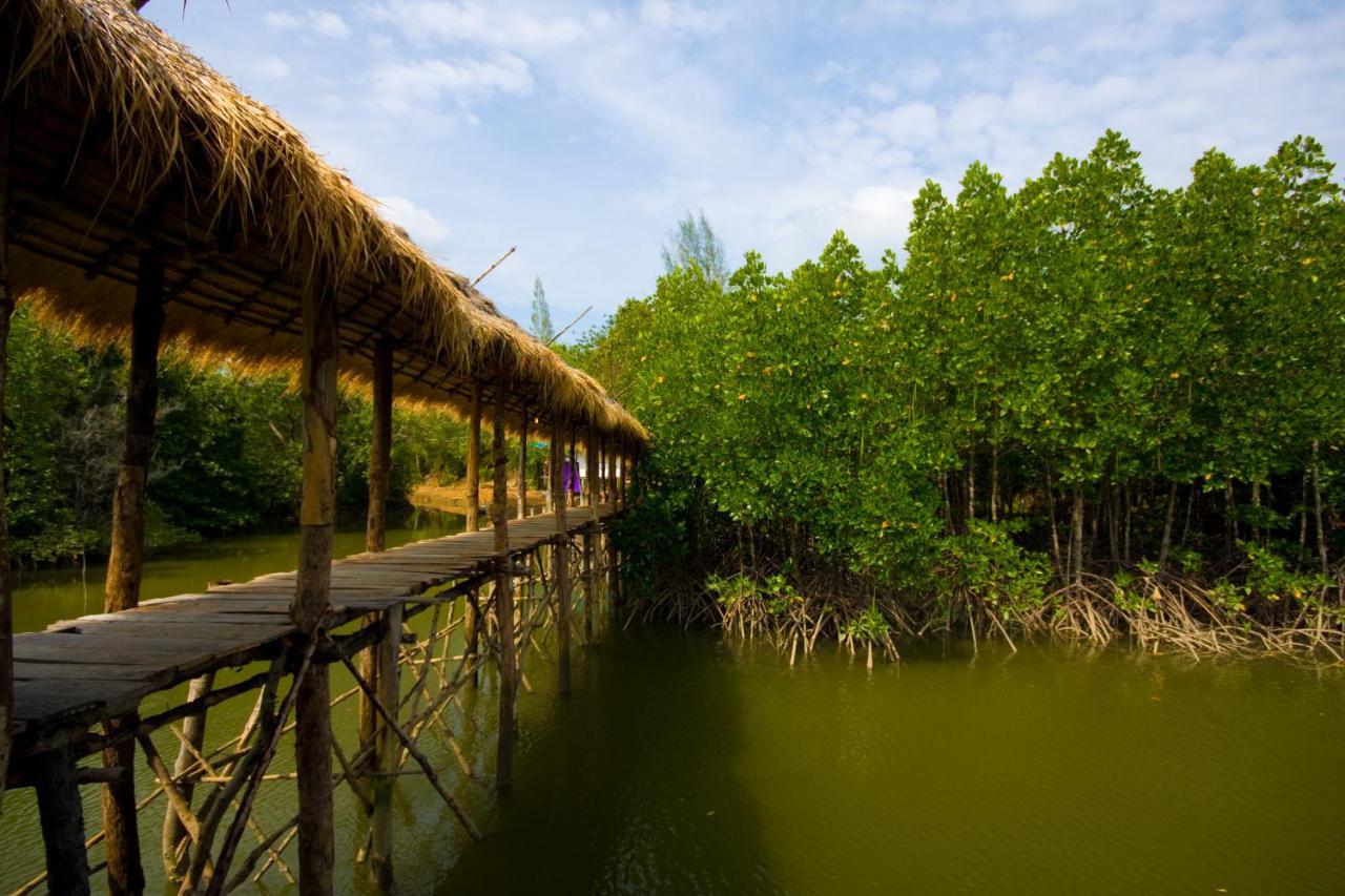 Гостевой дом  Baan Nern Suen Jungle Lodge Phang Nga  - отзывы Booking