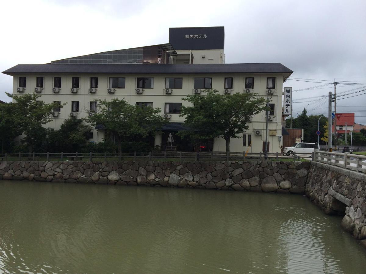 Отель эконом-класса  Jonai Hotel