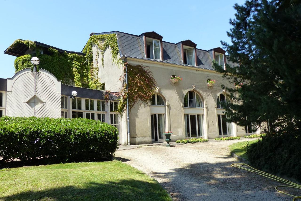 Отель  Château De Bazeilles