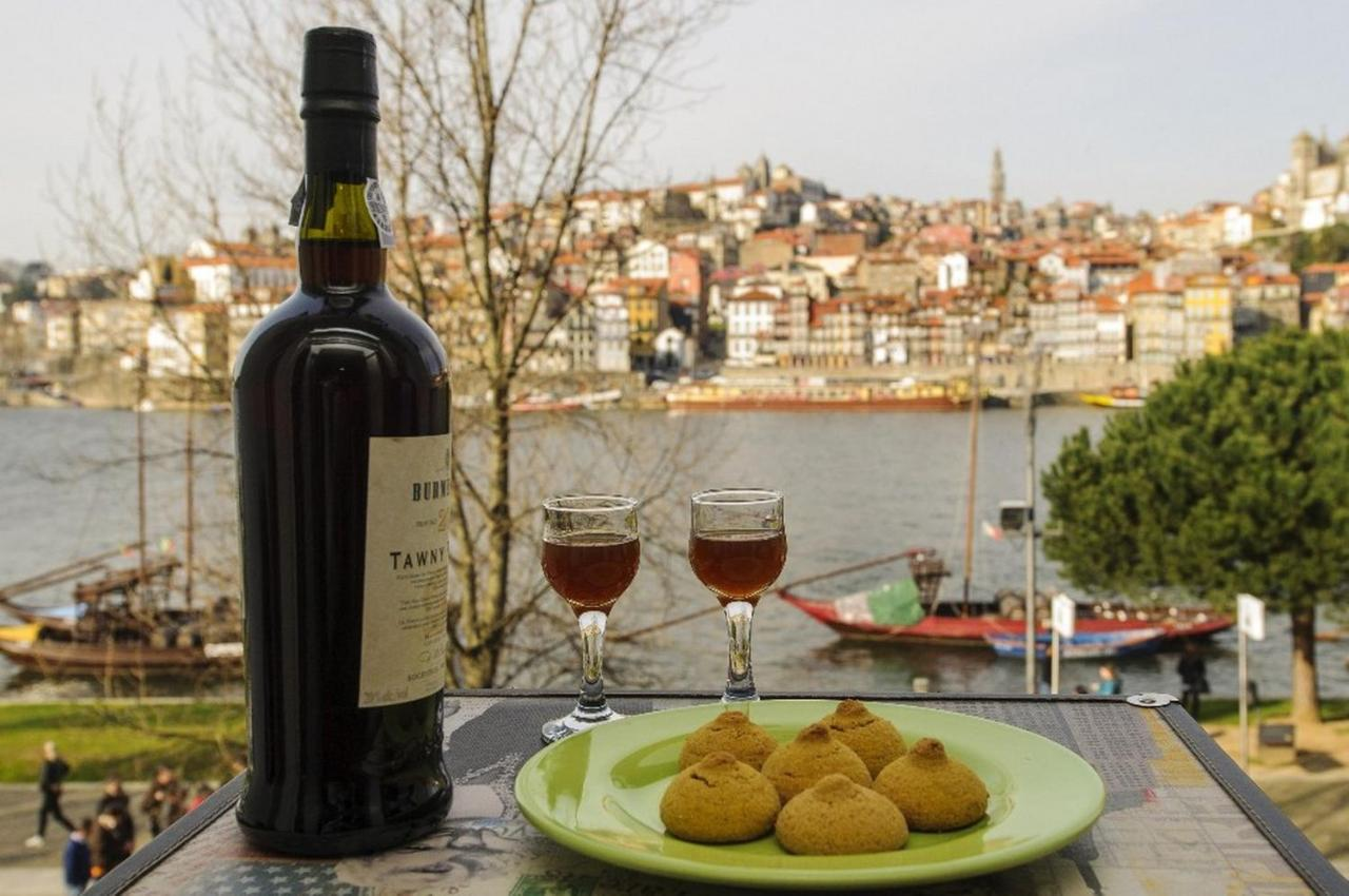 Апартаменты/квартира  Douro River Apartments  - отзывы Booking