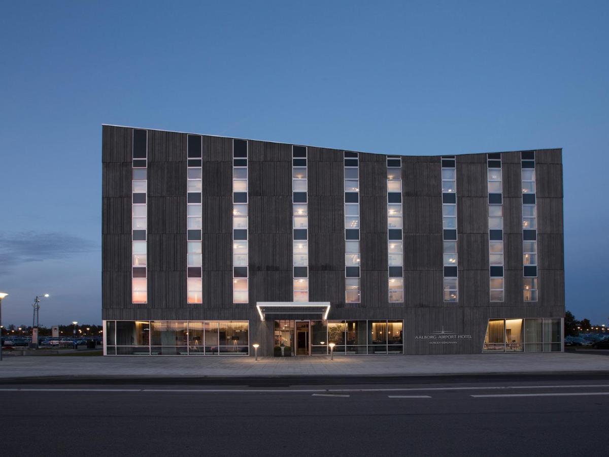 Отель  Отель  Aalborg Airport Hotel