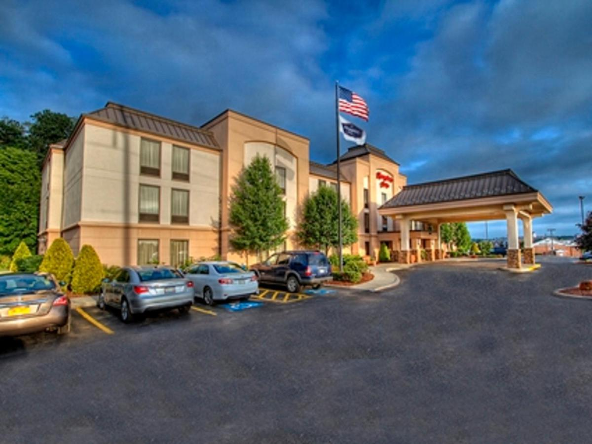 Мини-гостиница  Hampton Inn Johnstown  - отзывы Booking