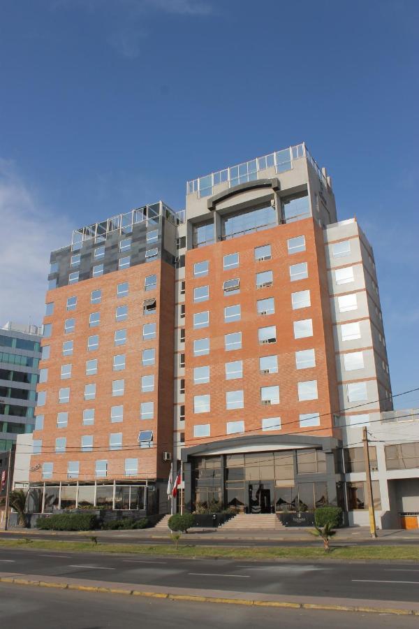 Отель  Отель  Hotel Florencia Suites & Apartments