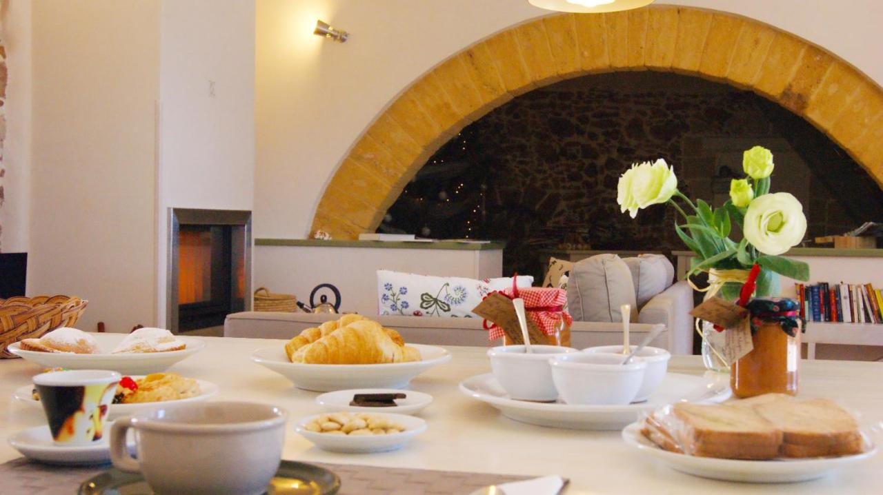 Отель типа «постель и завтрак»  Casale Laurus