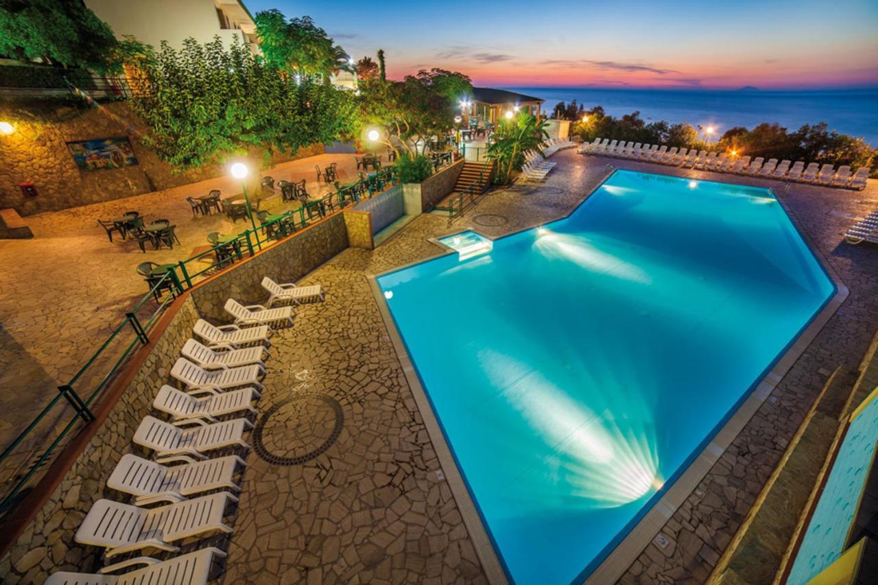 Комплекс для отдыха  Baia Calavà Hotel e Residence  - отзывы Booking