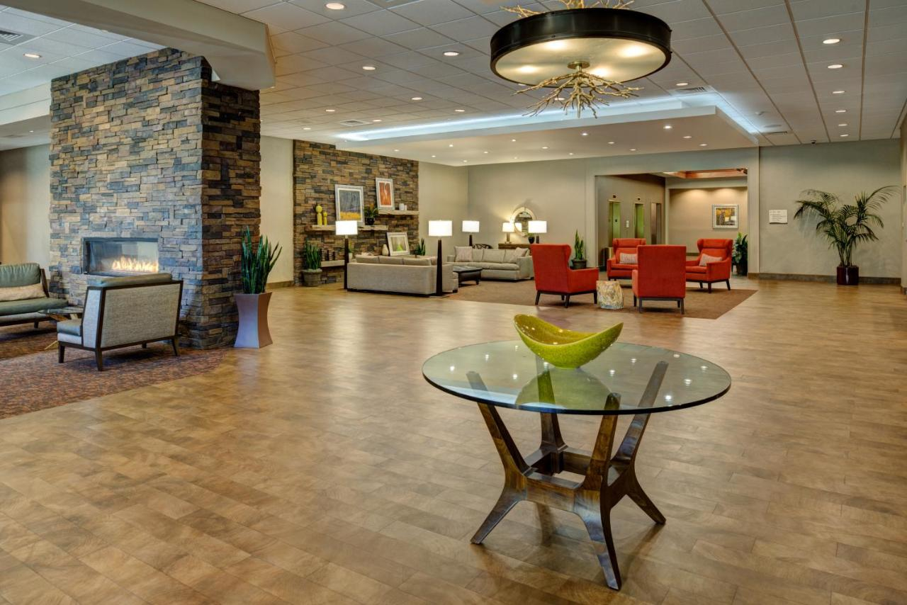 Отель  DoubleTree By Hilton Hotel Flagstaff
