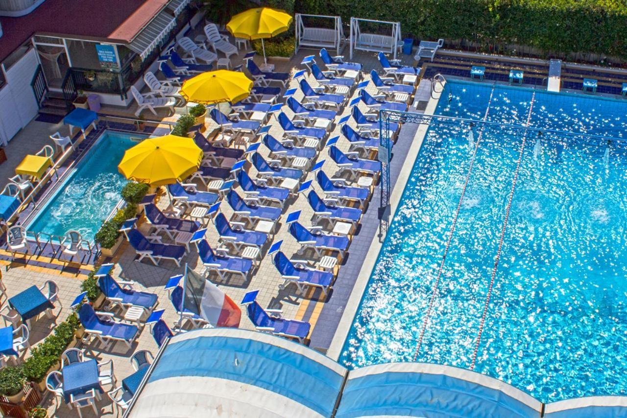 Отель  Hotel Tassoni  - отзывы Booking