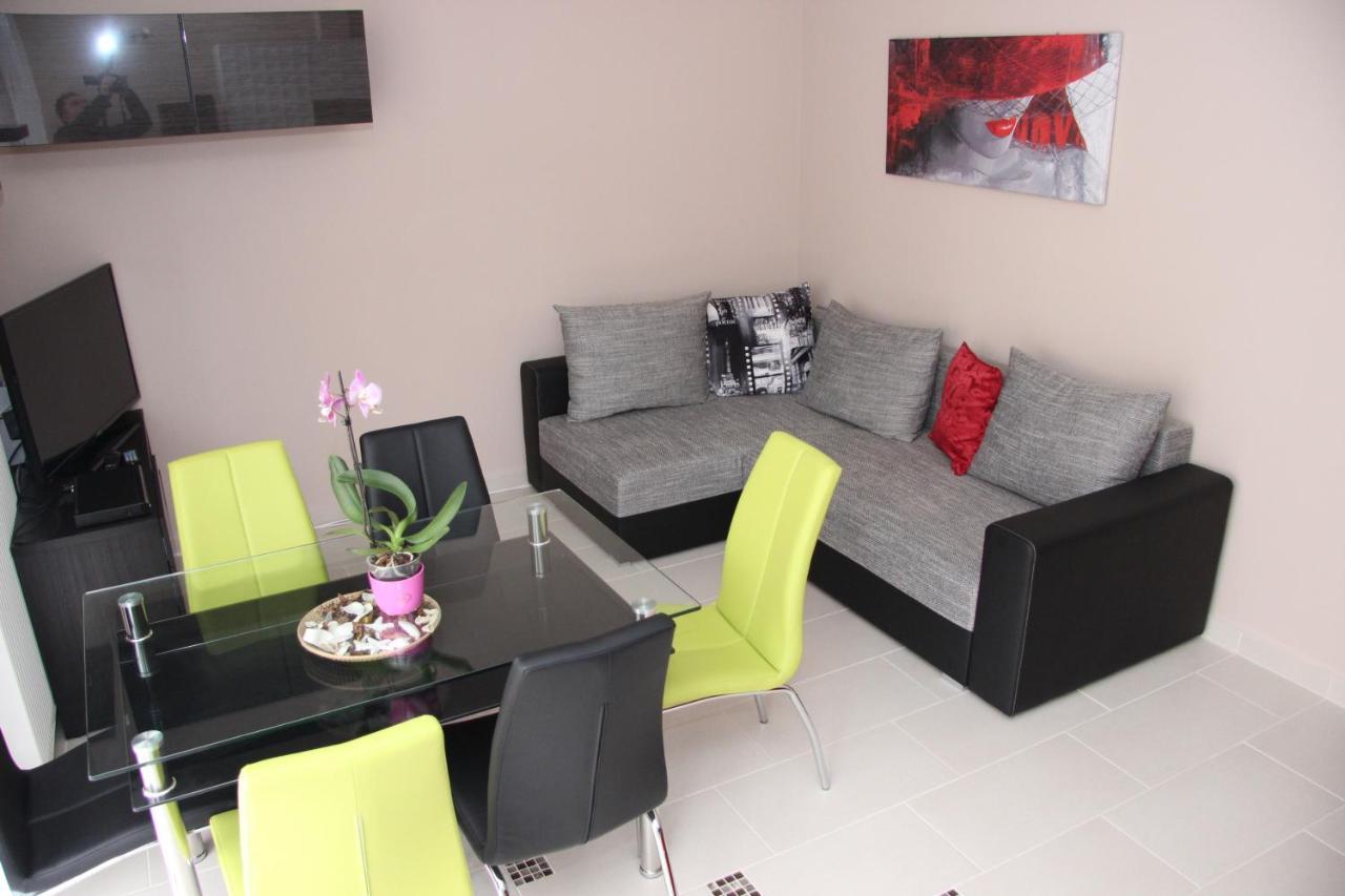 Апартаменты/квартиры  Dorina Wellness Apartman