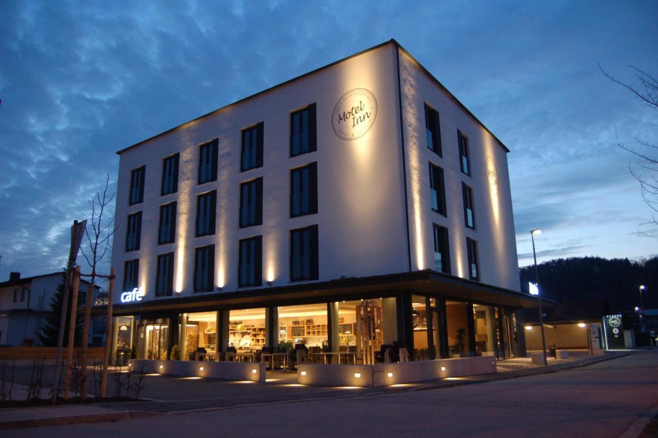 Отель  Motel Inn Simbach